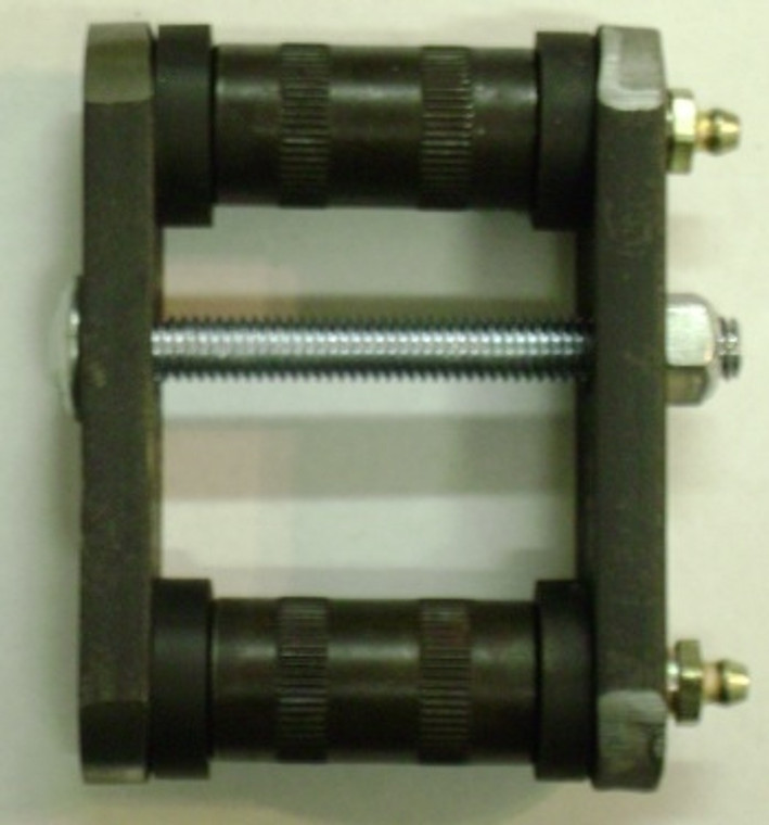 """1947 - 1955 GM Front Leaf Spring Shackle Kit - Fits all 1/2 Tons and 3/4 Tons with 1-3/4"""" Wide Leaf Springs"""