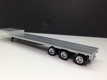 HO 1:87 Promotex # 5454 - 3 axle dropdeck trailer w/low-profile chrome wheels