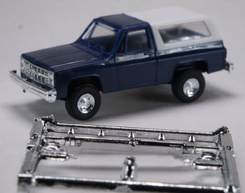 HO 1:87  Trident # 90001 Chevy Blazer Hard Top 4 x 4 - Blue/White