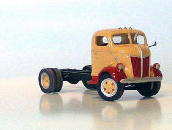 HO 1/87 Sylvan Scale Models # V-086 1941-47 Ford COE Cab & Chassis  KIT
