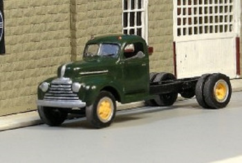 HO 1:87 Sylvan Scale Models # V-187 1946-47 Mercury Cab & Chassis KIT
