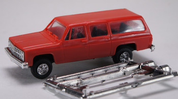 HO 1:87  Trident # 90014 Chevy Suburban 4 x 4 - Red
