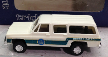 HO 1/87 Trident # 90193  4 x 4 Chevrolet Suburban - US Border Patrol