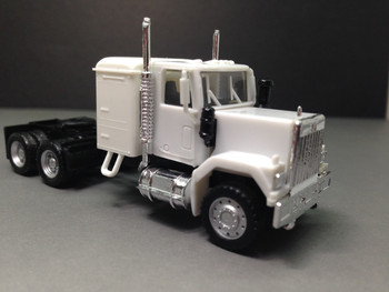 HO 1:87 Promotex # 25234 GMC Short Tandem axle sleeper tractor - White