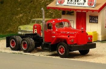 HO 1:87 Sylvan V-289 - 1956-66 Mack B-81 Tandem Axle Tractor KIT
