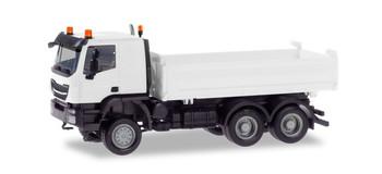 HO 1:87 Herpa # 13673  Iveco Trakker Dump Truck MINIKIT
