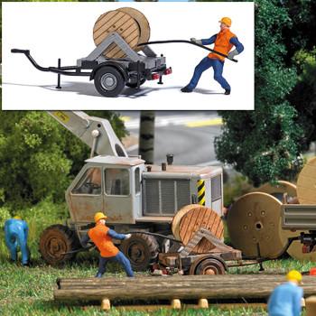 HO 1:87 Busch # 7836 - Cable Reel on Trailer w/ Figure Miniature Scene