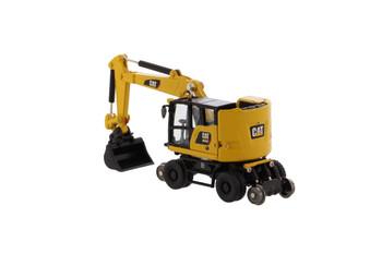 HO 1:87 Diecast Masters 85612 Cat M323F Railroad Wheeled Excavator