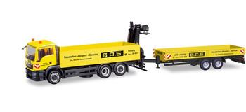 HO 1:87 Herpa # 310840 -MAN TGX Truck w/Trailer & Hoist - Yellow B.A.S.