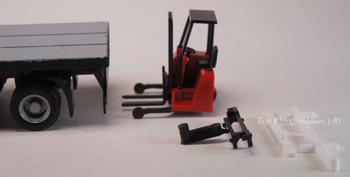 HO 1/87 Herpa # 53860-1 - Forklift w/Trailer Bumper Single Unit