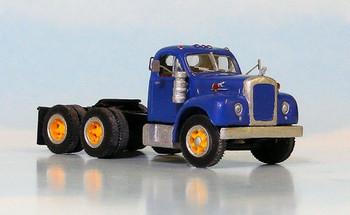 HO 1:87 Sylvan # V-097 - 1957-65 Mack B-67 Tandem Axle Tractor KIT