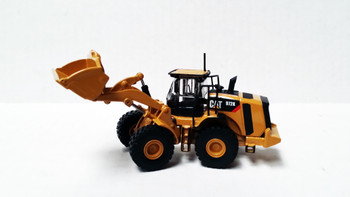HO 1:87 Tonkin Replica Caterpillar 972K Wheeled Loader