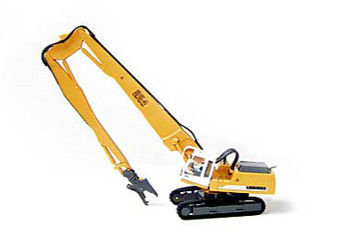 HO 1:87 Herpa # 152006 Liebherr Litronic R954:  Excavator w/90' Long Wrecking Boom