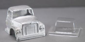 HO 1:87 PY-BCF International BCF Cab w/glazing insert, White Metal - CAB ONLY KIT
