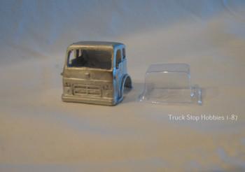 HO 1:87 PY-CO  1962 International COE Cab w/glazing insert, White Metal - CAB ONLY KIT