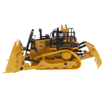 HO 1:87 Diecast Masters 85659 Caterpillar D11 Track-Type Tractor