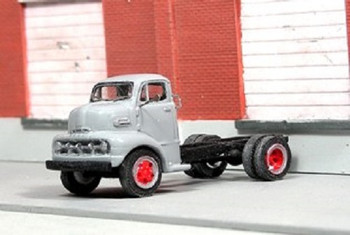 HO 1:87 Sylvan Scale Models # V-329 - 1952 Ford COE Cab & Chassis Truck KIT