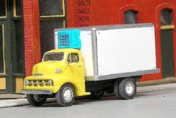 HO 1:87 Sylvan Scale Models # V-334 - 1952 Ford COE Refrigerated Box Van Truck KIT