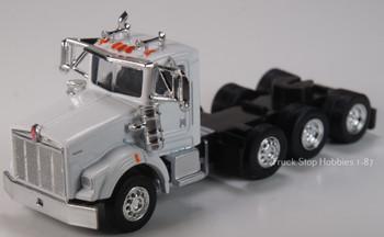 HO 1:87 TSH # 673 Kenworth 800W Tri-Axle Tractor - Heavy Haul - White