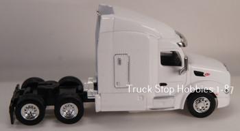 HO 1:87 TSH # 543 Peterbilt 579 Sleeper Cab Tandem Axle Tractor - White