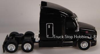 HO 1:87 TSH # 544 Peterbilt 579 Sleeper Cab Tandem Axle Tractor - Black