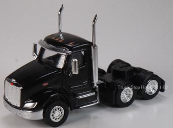 HO 1:87 TSH # 534 Peterbilt 579 Day Cab Tandem Axle Tractor - Black