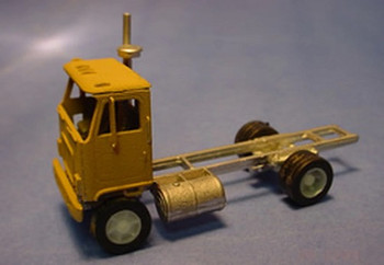 HO 1:87 Alloy Forms # 3025 -  1969 GMC Astro 95 Tractor with Day Cab KIT
