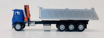 HO 1:87 Promotex # 6604 White RCComm COE Tri-Axle dump truck w/crane - Blue