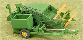 """HO 1:87 GHQ # 60006  """"Green"""" 1940's - 12A Grain Harvester Combine Kit"""