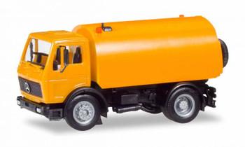 HO 1/87 Herpa # 309554 Mercedes S w/Schorling Street Sweeper Orange