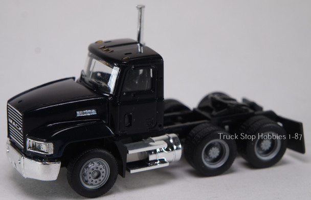 HO 1:87 Promotex # 15264  Mack Short 603 Day Tractor Tandem - Black