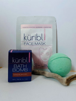 Sandalwood and Eucalyptus Bath Bombs with a Face Mask for the ultimate relaxation and rejuvenation