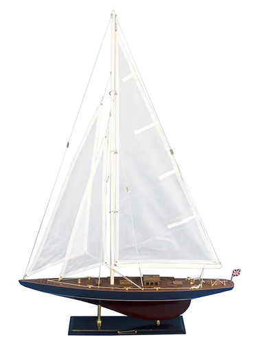 """Endeavor"" Wooden Model Yacht 35"""