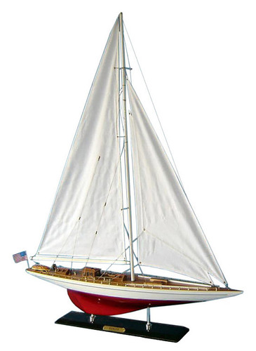 "LIMITED EDITION ""Ranger"" Wooden Model Yacht (1:60 Scale)"