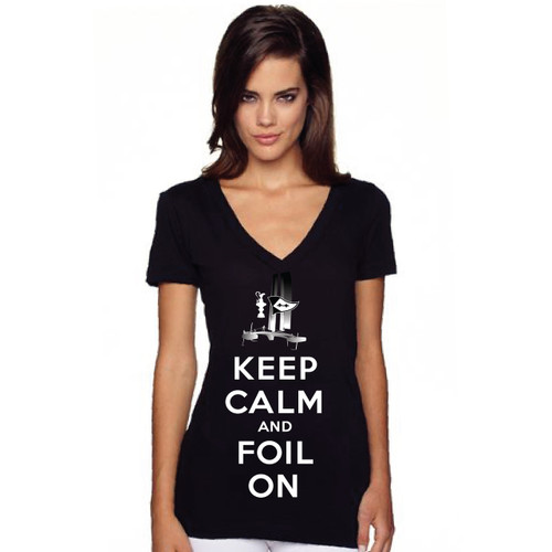 """35th America's Cup 2017 GGYC """"Keep Calm and Foil On"""" Women's V-Neck T-Shirt"""