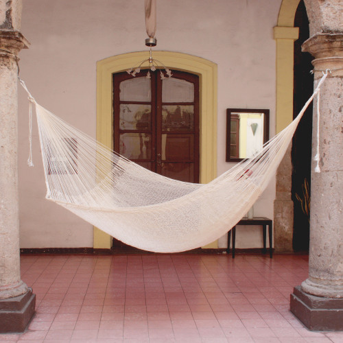 Handcrafted Cotton Solid Mayan Hammock Single 'Natural Comfort'