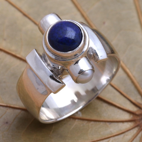 Handcrafted Sterling Silver and Lapis Lazuli Ring 'Direction'