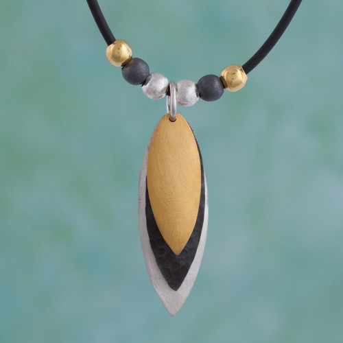 Modern Gold Accent Pendant Necklace 'Turning Leaves'
