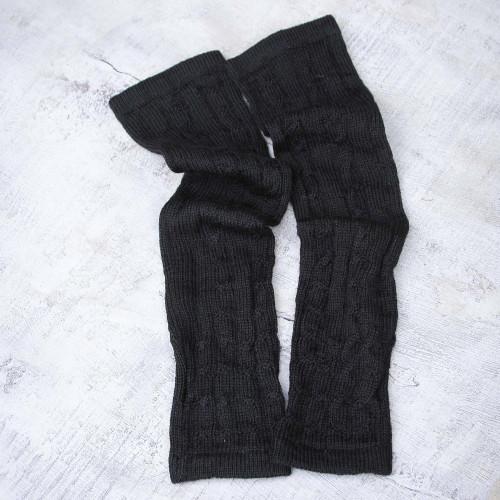 Hand Made Peruvian Wool Alpaca Wool Solid Black Gloves 'Black Braids'