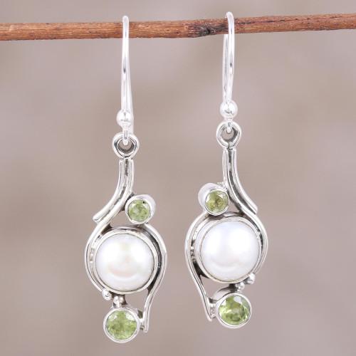 India Style Pearls and Peridot Earrings 'Sweet Dreams'