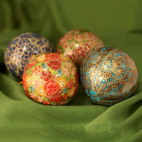 Handcrafted Christmas Papier Mache Ornaments Set of 4 'Mughal Celebration'
