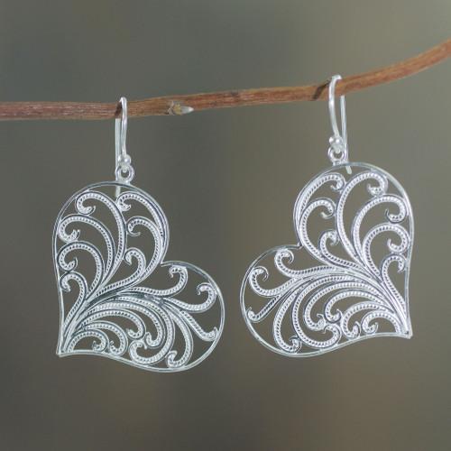 Handmade Sterling Silver Filigree Heart Earrings from Peru 'Lace Valentine'