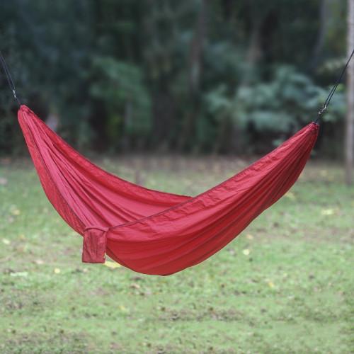 Maroon Parachute Hammock with Hanging Accessories Single 'Uluwatu Wine'