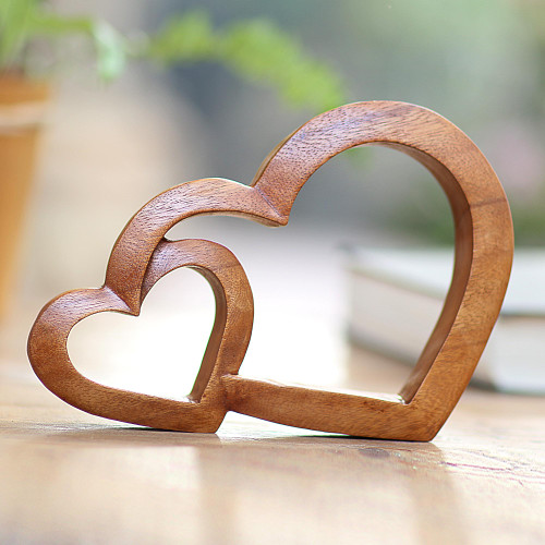 Wood Hand Made Indonesian Brown Connecting Hearts Sculpture 'Warm Hearts'