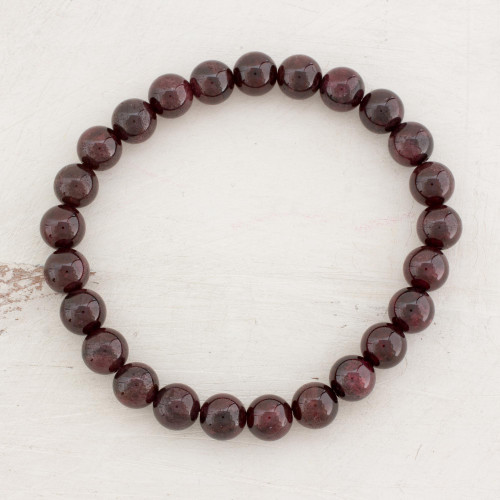Natural Garnet Beaded Stretch Bracelet from Guatemala 'Offering of Love'