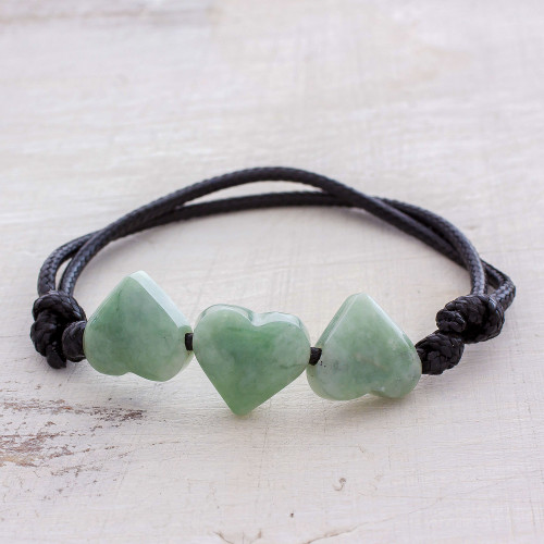 Jade Heart Pendant Bracelet in Light Green from Guatemala 'Maya Love in Light Green'