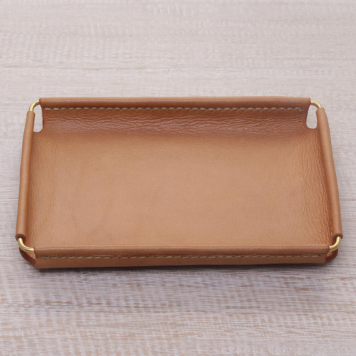 Javanese Handcrafted 7.25 Inch Caramel Leather Catchall 'Java Caramel'