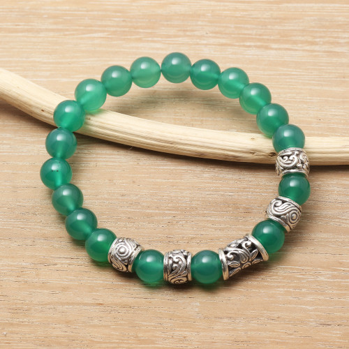 Hand Crafted Green Agate Beaded Stretch Bracelet from Bali 'Verdant Flourish'