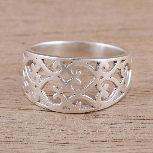Sterling Silver Heart Motif Band Ring Handcrafted in India 'Amour Allure'