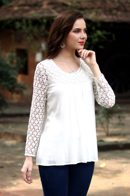 Crocheted Daisy Shoulder and Sleeve Snow White Rayon Blouse 'Daisy Snow'
